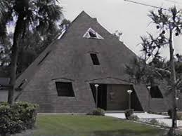 geodome house dome homes geodesic dome homes futurism futurist