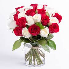 bouquet of roses bouquet delivery send a bouquet of roses by the dozen
