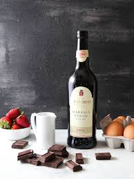 chocolate wine chocolate zabaglione chocolate wine sauce completely delicious
