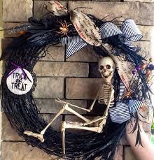 Pinterest Halloween Wreaths by Skelton Wreaths Halloween Wreath Skeleton Wreath Scary Wreath By