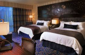chambre d hotel disneyland disneyland hotel completes major two year renovation project diszine