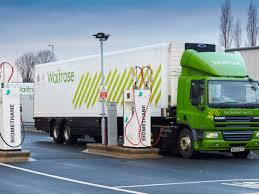 this grocery store fuels its delivery trucks with food waste
