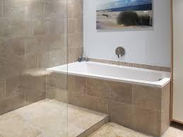 moderne badezimmer mit dusche und badewanne hausdekoration und innenarchitektur ideen ehrfürchtiges