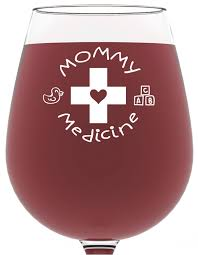 amazon com mommy medicine funny wine glass 13 oz best birthday