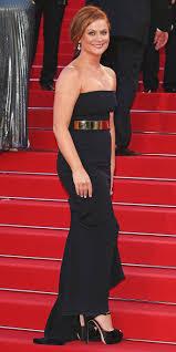 100 321 red carpet celebrity celebrities glowing skin red