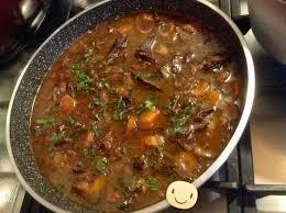 cuisiner du boeuf en morceaux bœuf façon bourguignon cuit au cookeo recettes cookeo