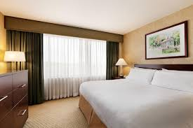 embassy suites by hilton philadelphia valley forge embassy suites philadelphia valley forge king bedroom