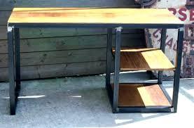 construire un bureau en bois fabriquer bureau informatique faire un bureau en bois de palette des