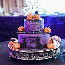 nightmare before christmas wedding decorations fall in with these disney inspired wedding cakes oh my