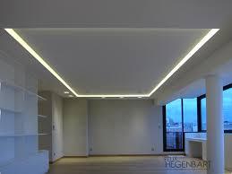 faux plafond cuisine design faux plafond en fermacell avec un cadre en polycarbonate translucide