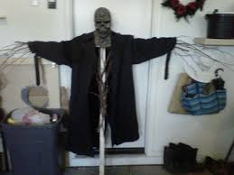 102 wicked things to do 31 scarecrow