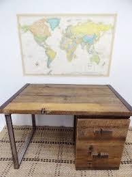 Make A Desk Out Of Reclaimed Wood by Best 25 Reclaimed Wood Desk Ideas On Pinterest L Desk Rustic