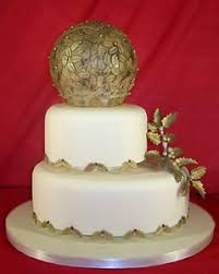 Christmas Cake Decorations Gold by Festive Christmas Wedding Cakes Gallery
