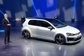 volkswagen bora 2016 vw golf r420 spy photos best look yet at 2016 u0027s super golf gti by