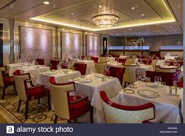 fine dining restaurant interior of the queen mary 2 cunard
