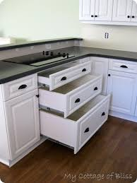 hardware for kitchen cabinets ideas awesome kitchen cabinet hardware placement ideas 2017 design at