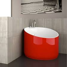 the mini bathtub is specially created for small bath spaces