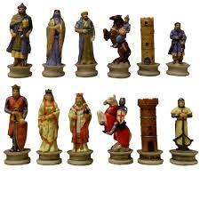 miniature crusader and saracen chess pieces
