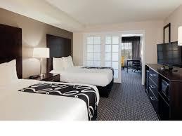 Two Bedroom Suites Anaheim Room Features La Quinta Inn U0026 Suites Anaheim