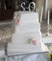 wedding cake costs 2017 images about wedding cake trends on the