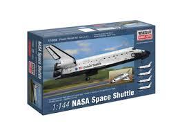 revell 1 144 model spacecraft kit 04841