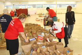 Salvation Army Volunteer Thanksgiving Salvation Army Provides Thanksgiving For 300 In Need Tbo Com