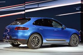 porsche indonesia porsche macan fails the moose test