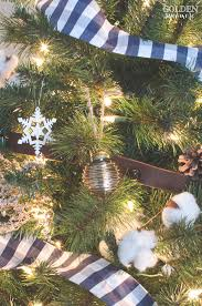How To Decorate A Christmas Tree With Ribbon Garland How To Make Ribbon Out Of Your Favorite Fabric No Sew The