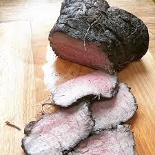 cuisiner un rosbeef découpé du rosbif en sauce au römertopf rosbif rosbeef roti