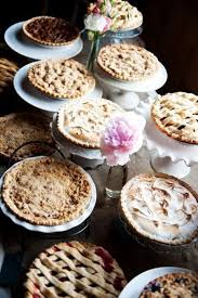 26 wedding pie bars and displays happywedd com