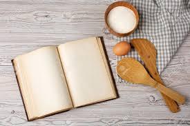 vieux livre de cuisine concept cuisine ingrédients et ustensiles de cuisine avec le vieux