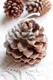 pinecone fire starter favors weddings ideas from evermine