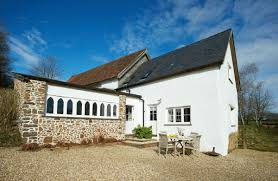 35 devon self catering holiday cottages rural retreats