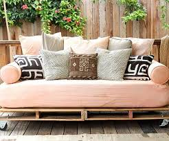 Free Plans For Outdoor Sofa by Best 25 Homemade Outdoor Furniture Ideas On Pinterest Outdoor