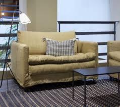 enseigne canapé les 68 meilleures images du tableau canapés sur canapé