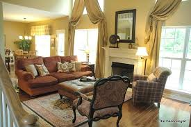How Big Should Rug Be In Living Room What Size Area Rug Do You Need The Decorologist
