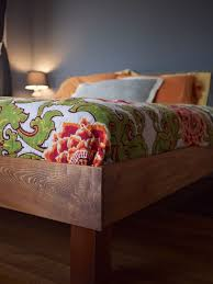 How To Build A Cal King Platform Bed Frame by Best 25 King Bed Frame Ideas On Pinterest Diy King Bed Frame