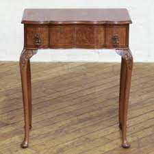 Queen Anne Style by Small Queen Anne Style Walnut Side Table Loveantiques Com