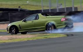 holden maloo chris harris drifts mental aussie hsv maloo ute video carhoots