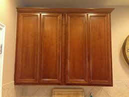 amazing how to install 42 inch kitchen cabinets with crown molding