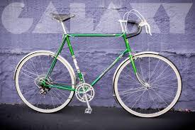 peugeot green vintage 1977 peugeot 63cm road bike in emerald green w hammered