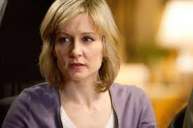 amy carlson new short haircut on blue bloods amy carlson on her blue bloods exit fans big reaction would