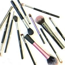 affordable must have makeup brushes addicted to lovely