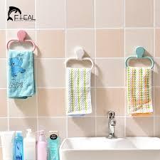 serviette cuisine fheal mural rotation porte serviette de cuisine torchon gants