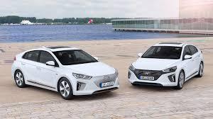 nissan leaf x grade vs g grade hyundai ioniq 2016 hybrid and electric review by car magazine