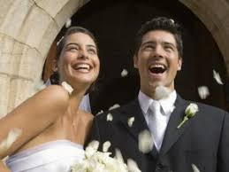 How Much Cash To Give At A Wedding How Much Money Should I Give As A Christening Gift Budgeting Money