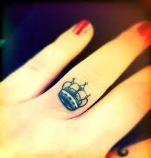 67 best taç dövmeleri crown tattoos images on pinterest crowns