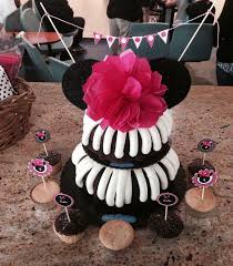 we added minnie mouse ears to a yummy nothing bundt cake tiered