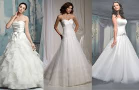 wedding dresses 2011 collection top 10 wedding dress trends for 2011 wedding gown town