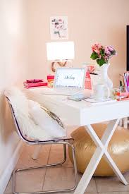 Things To Keep On Office Desk 7 Surprising Ways To Get And Stay Organized Roomspiration